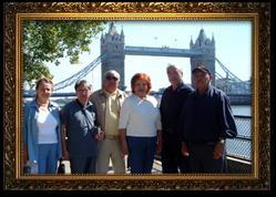 Профессор Супиев Т.К. с группой специалистов  в Лондоне (2005 г.).